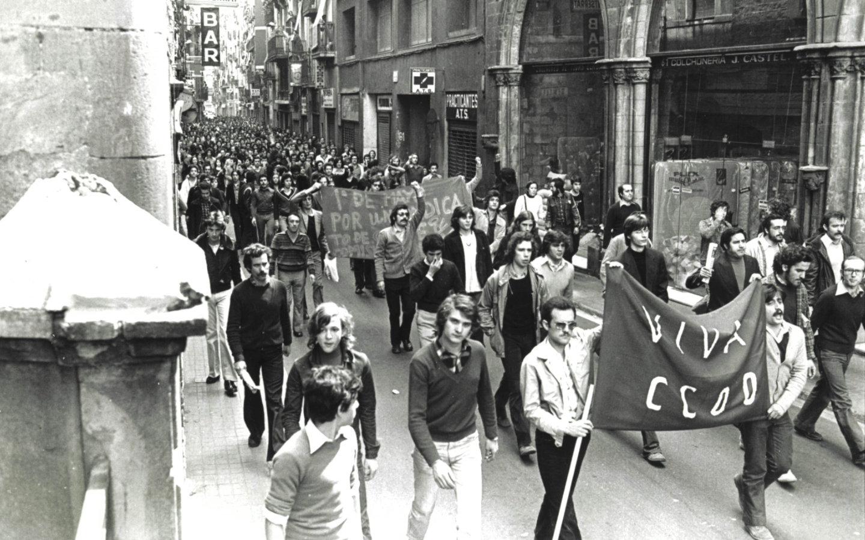 Manifestació amb pancarta 'Viva Ccoo'
