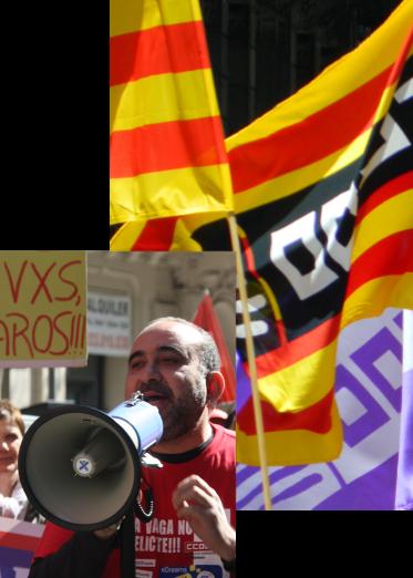Javier Pacheco amb megàfon i banderes de CCOO Ccoo