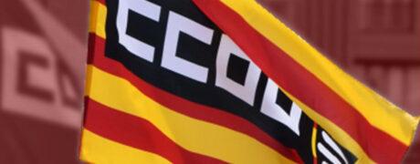 Bandera de CCOO en color amb el fons degradat