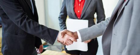 Encaixada de mans. Acord en la negociació d'un conveni col·lectiu