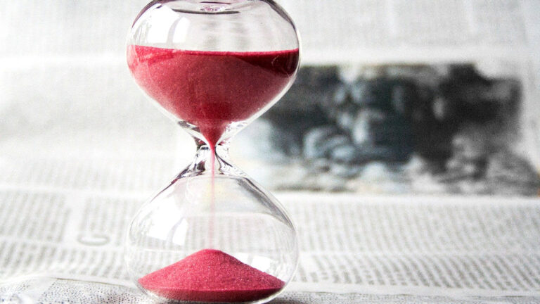 Rellotge d'arena vermella